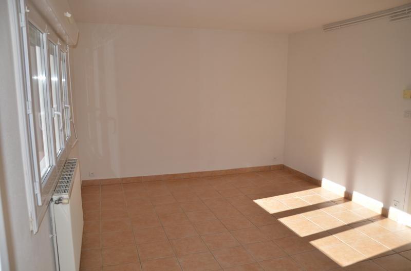 Location appartement Nantua 462€ CC - Photo 3