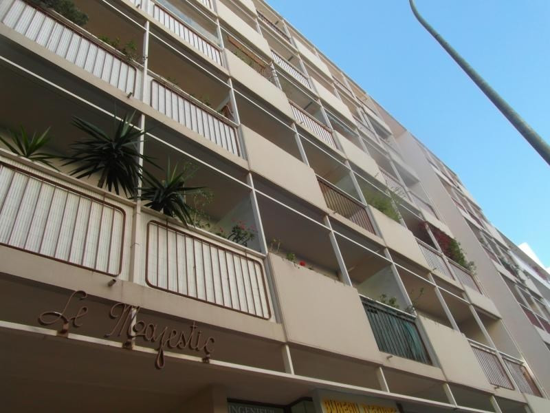 Vente appartement Hyeres 180 800€ - Photo 1