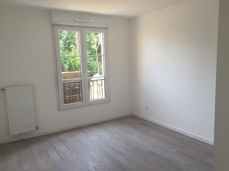 Rental apartment Montlhery 697€ CC - Picture 3