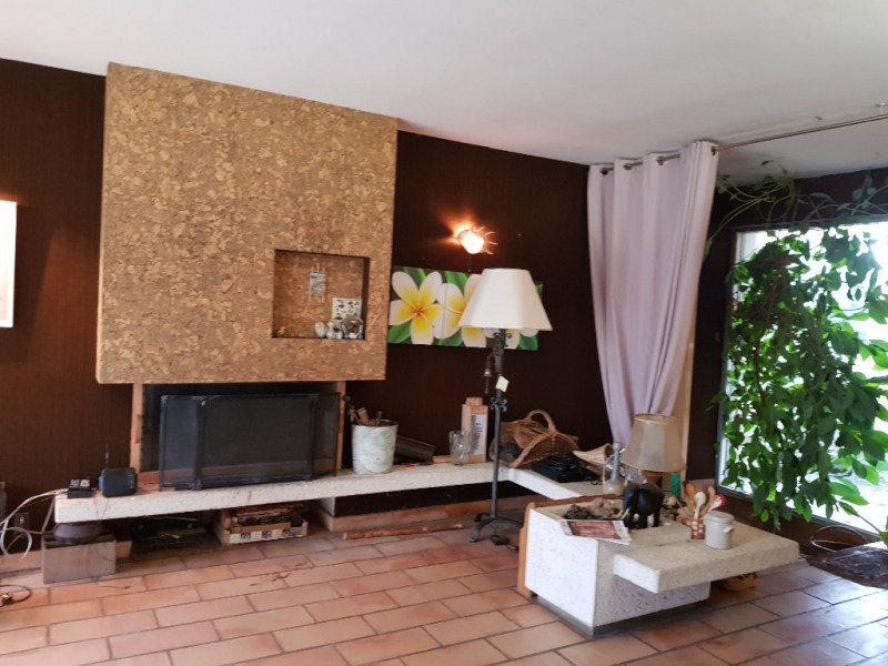 Sale house / villa Le passage 205 000€ - Picture 2