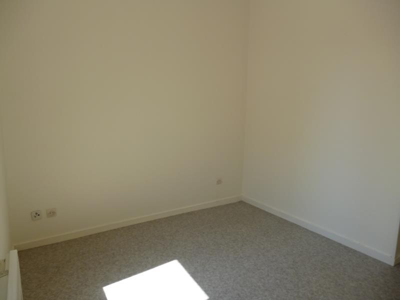 Rental apartment Roanne 294€ CC - Picture 2