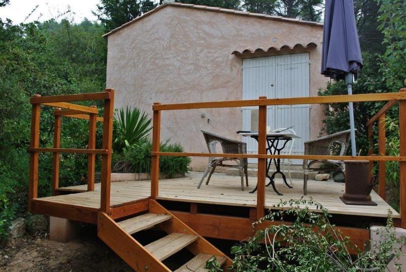 Location maison / villa Beaurecueil 701€ CC - Photo 2