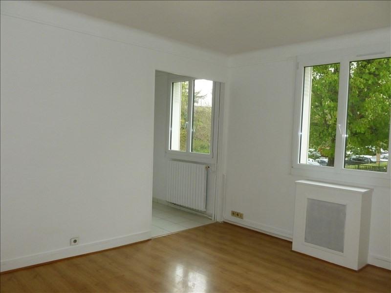 Alquiler  apartamento Louveciennes 860€ CC - Fotografía 2