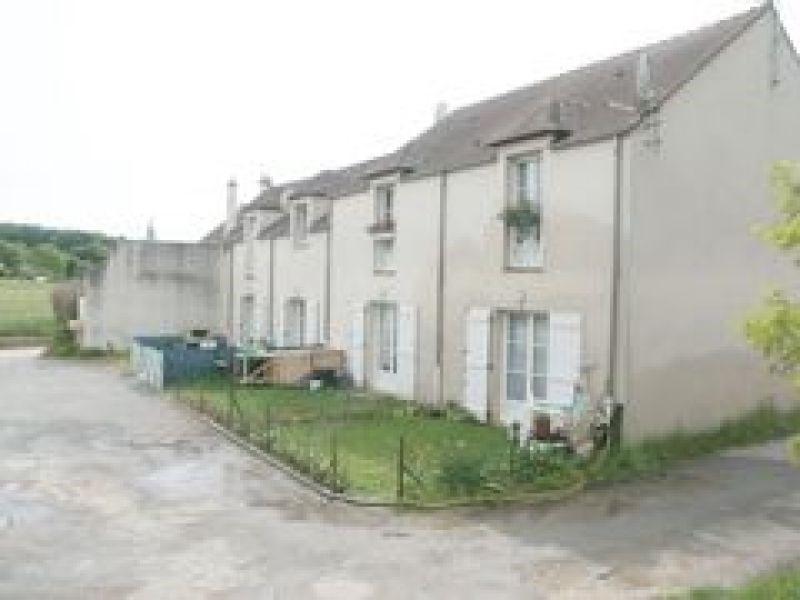 Rental apartment Boinveau - bouray 796€ CC - Picture 2