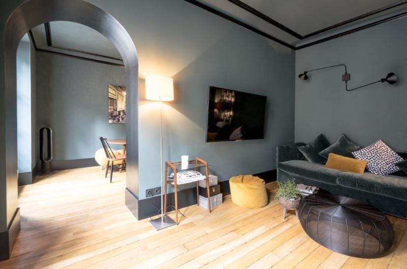 Sale apartment Paris 7ème 990000€ - Picture 3