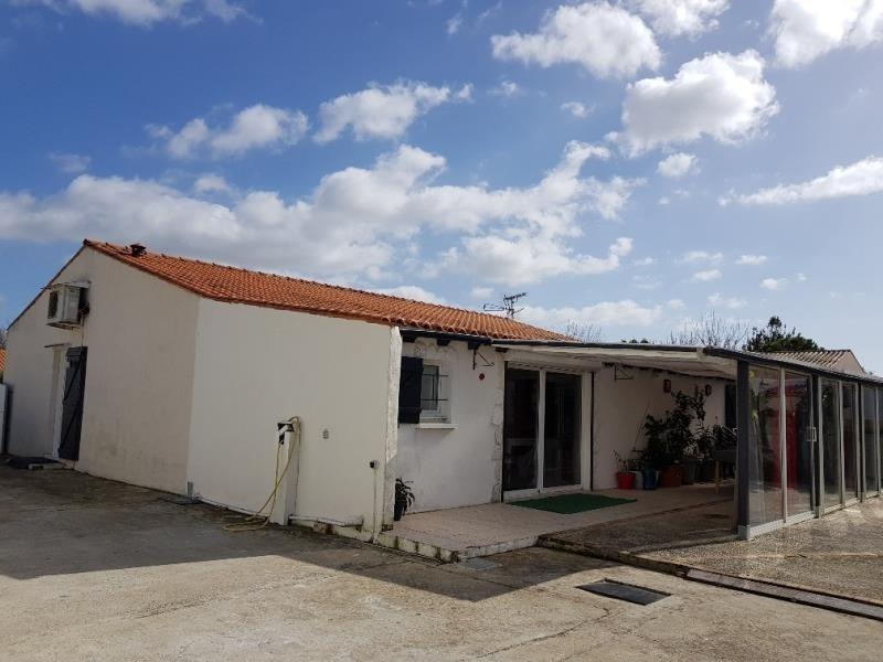 Sale house / villa Croix chapeau 315600€ - Picture 1
