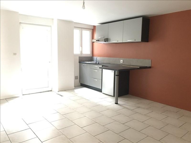 Location appartement Niort 374€ CC - Photo 2