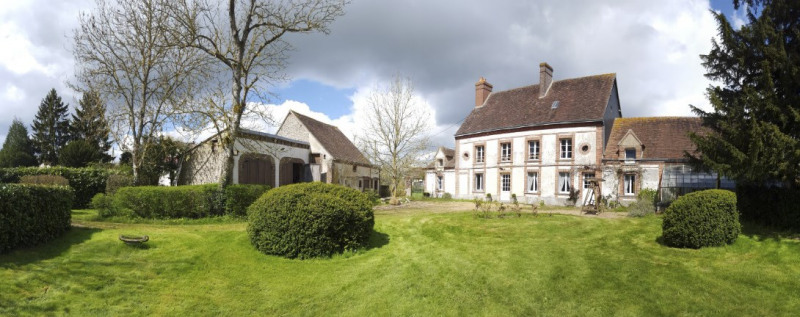 Deluxe sale house / villa Crulai 284 000€ - Picture 1