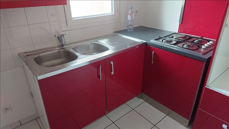 Location appartement Gex 1 035€ CC - Photo 2