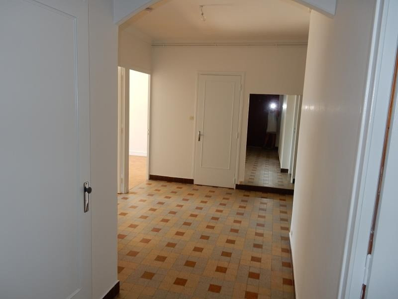 Investment property apartment St egreve 140 000€ - Picture 2