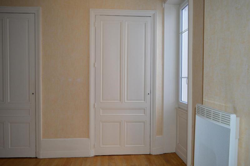 Rental apartment Villefranche sur saône 660€ CC - Picture 3