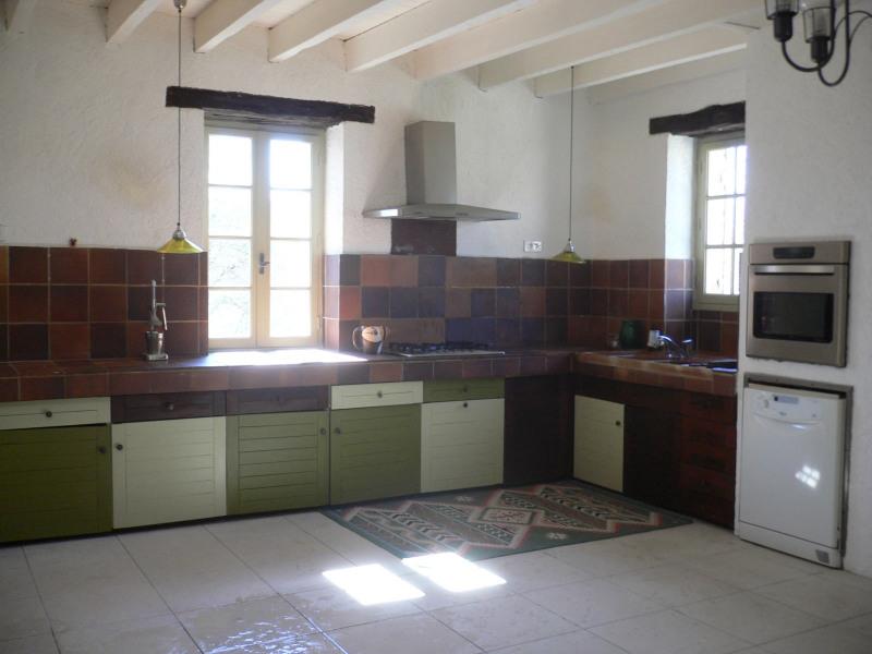 Sale house / villa Saint-germain-de-belves 339200€ - Picture 4