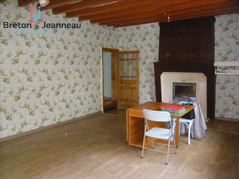 Vente maison / villa Loiron 87500€ - Photo 2
