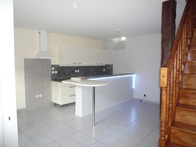 Rental house / villa Tignieu jameyzieu 600€ CC - Picture 1