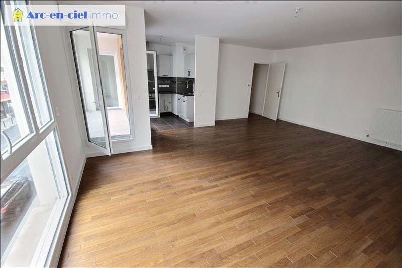 Rental apartment St denis 1 357€ CC - Picture 5