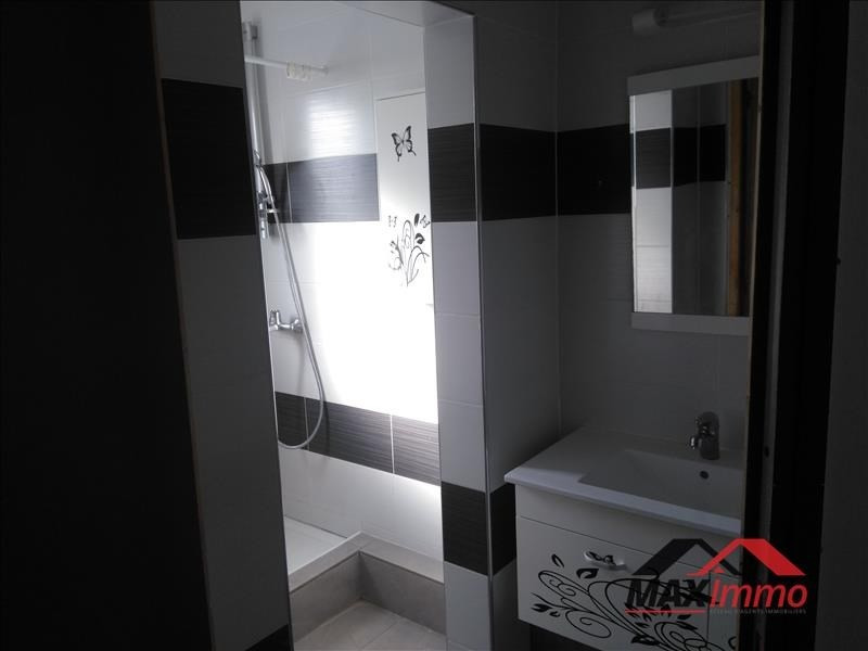 Location appartement St denis 1 382€ CC - Photo 9