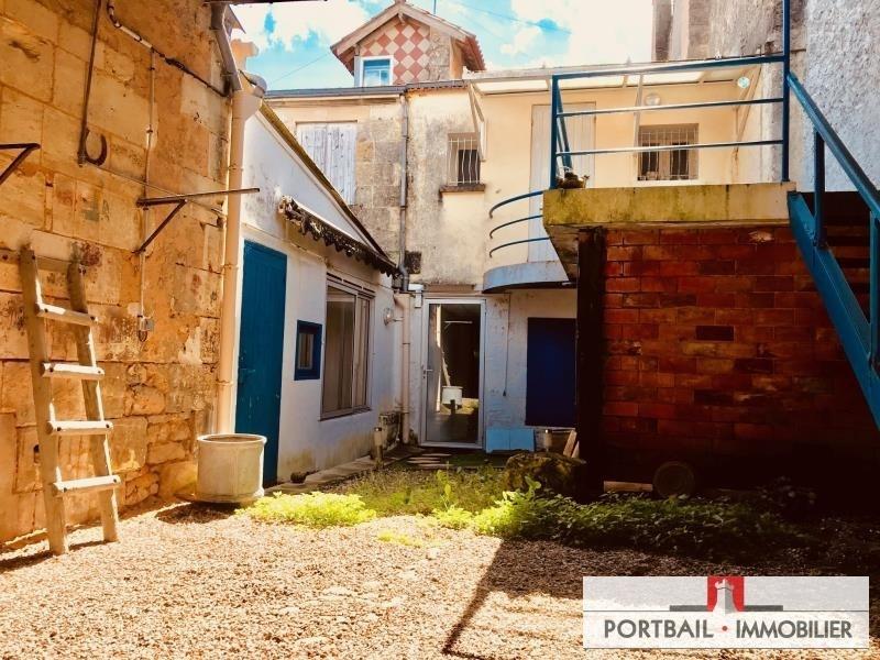 Sale house / villa Blaye 230000€ - Picture 1