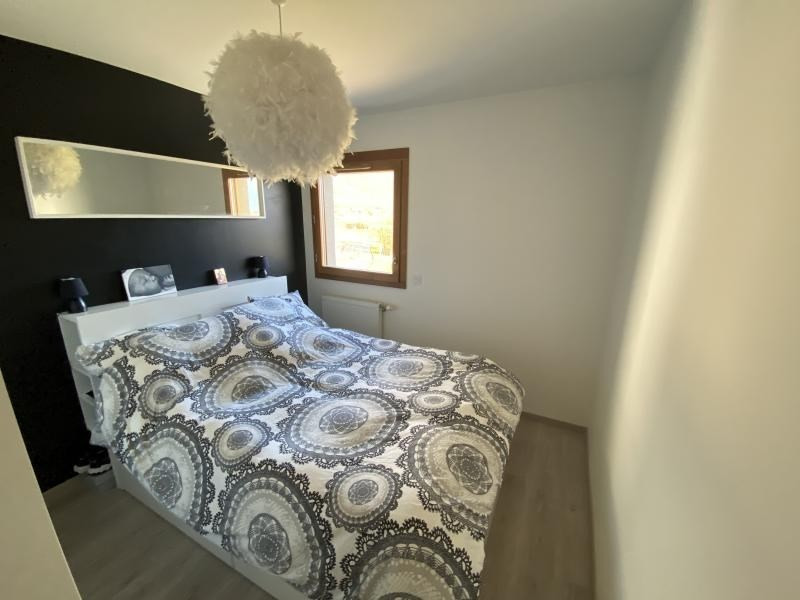 Sale apartment Crolles 272000€ - Picture 7