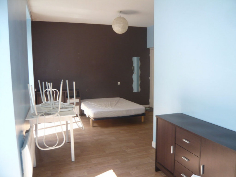 Investment property building Laval 303880€ - Picture 10