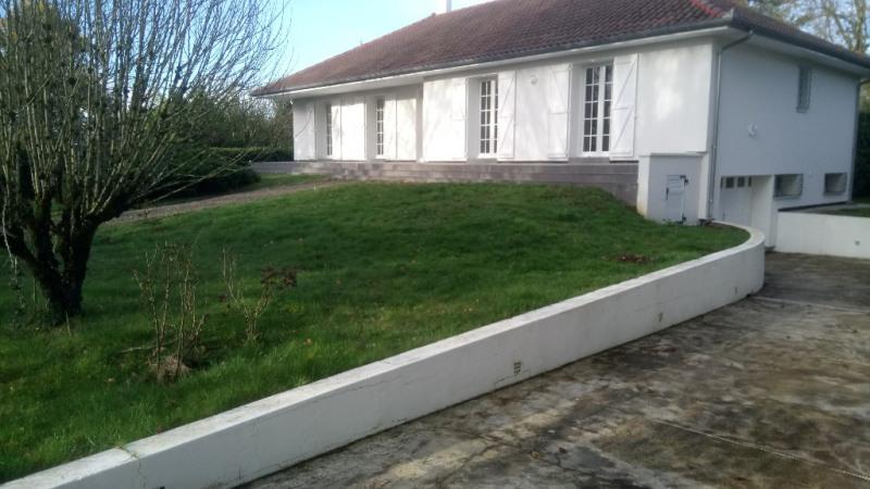 Location maison / villa Aire sur l adour 815€ CC - Photo 9