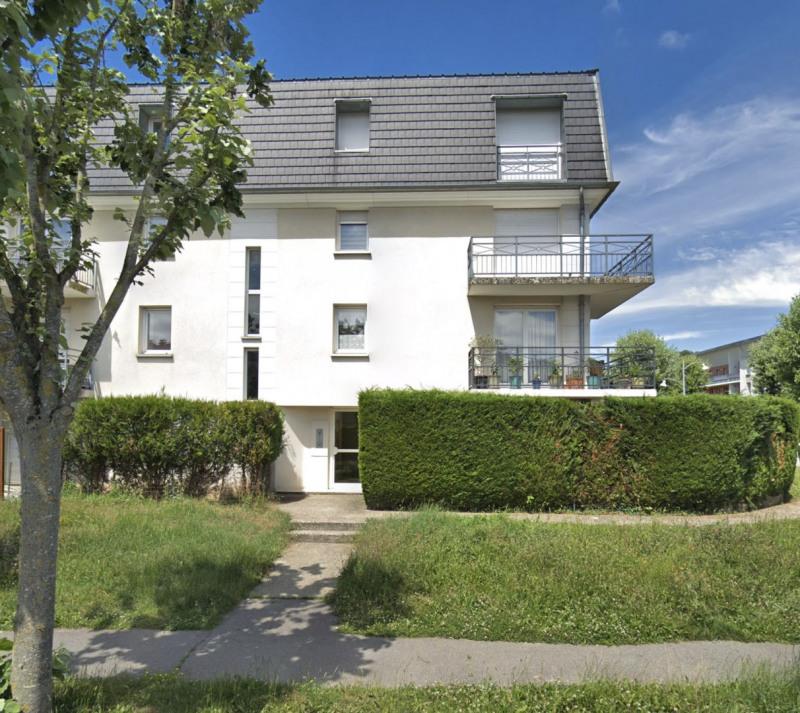 Rental apartment Sainte-geneviève-des-bois 860€ CC - Picture 1
