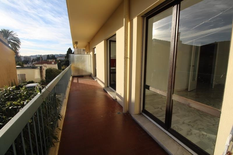 Location appartement Nice 900€ CC - Photo 1