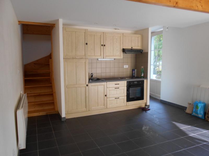 Sale apartment Lons le saunier 64000€ - Picture 2