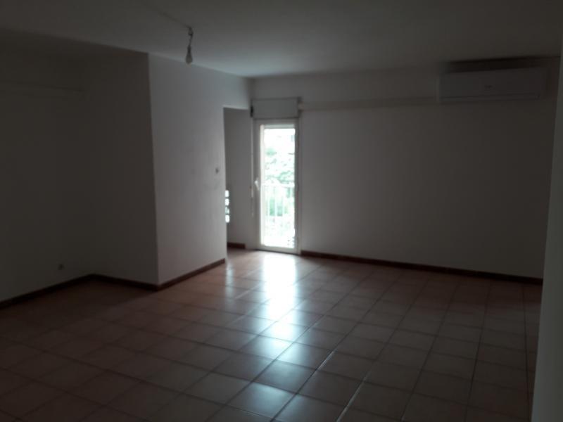 Location appartement St pierre 750€ CC - Photo 6