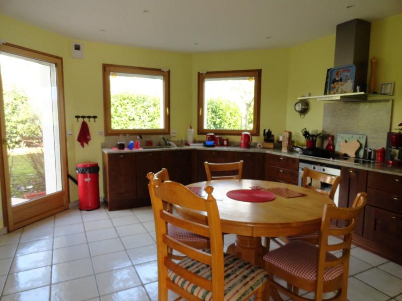 Location maison / villa St julien en genevois 2800€ CC - Photo 3