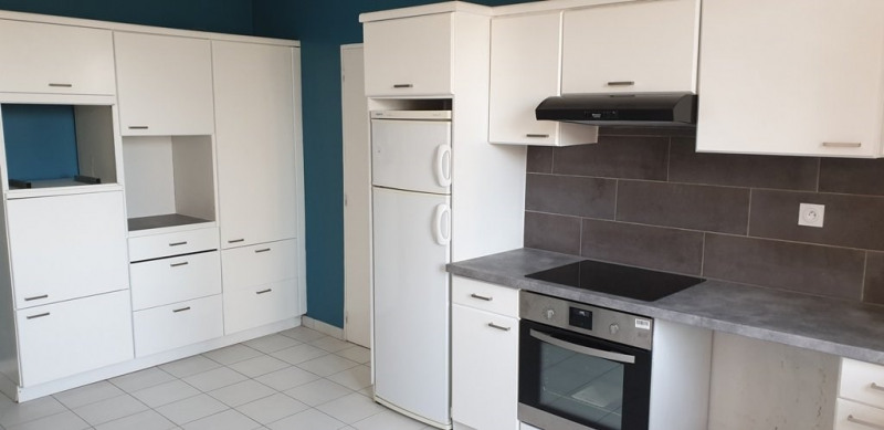 Rental apartment Marcy l etoile 1150€ CC - Picture 2