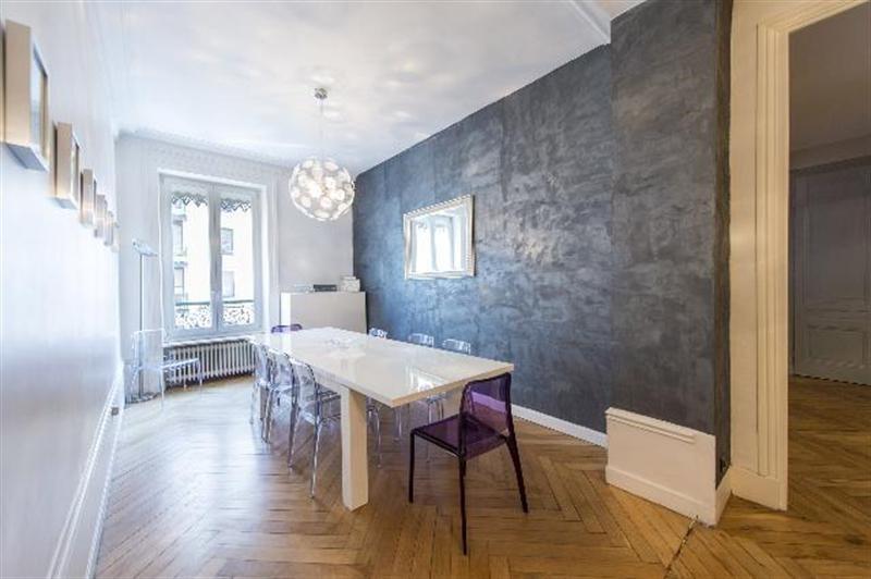Sale apartment Lyon 6ème 528000€ - Picture 2