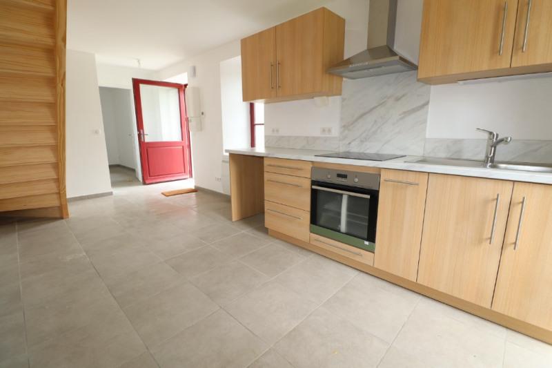Location maison / villa Gan 680€ CC - Photo 2