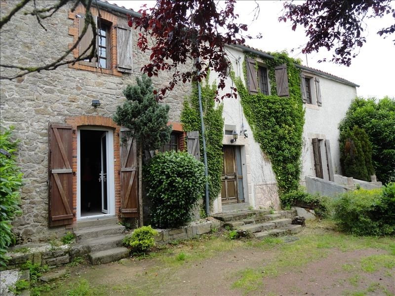 Sale house / villa Tiffauges 166 900€ - Picture 1