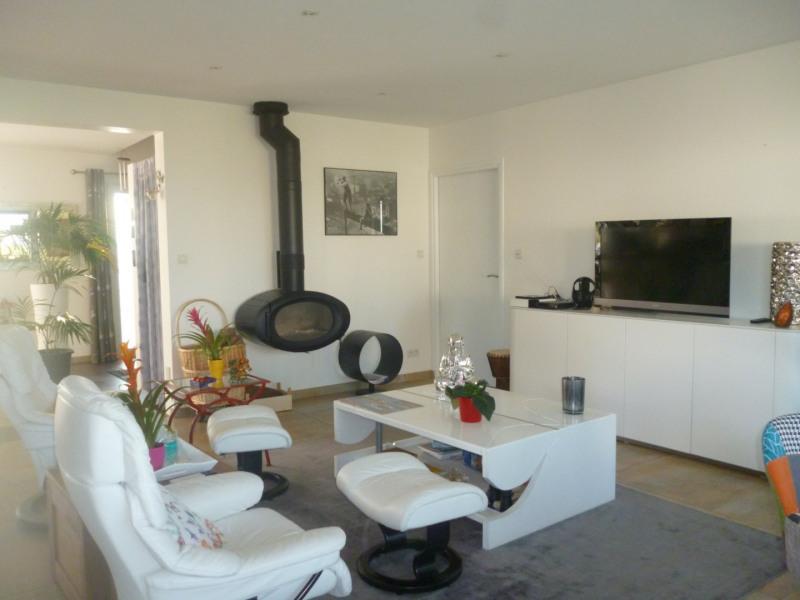 Sale house / villa Plouhinec 514100€ - Picture 2