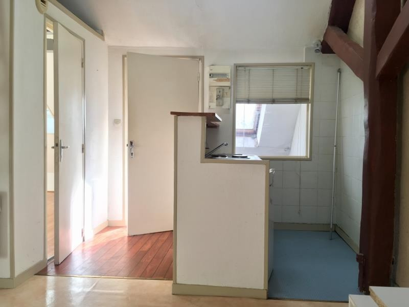 Location appartement Poitiers 348€ CC - Photo 2