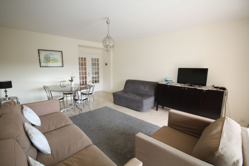 Sale apartment Antibes 440000€ - Picture 3