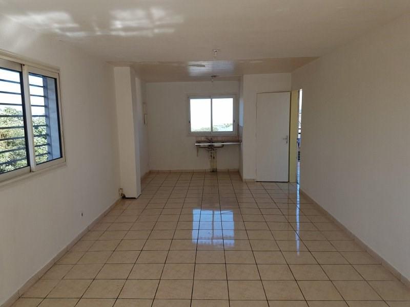 Rental empty room/storage La plaine des cafres 550€ CC - Picture 2