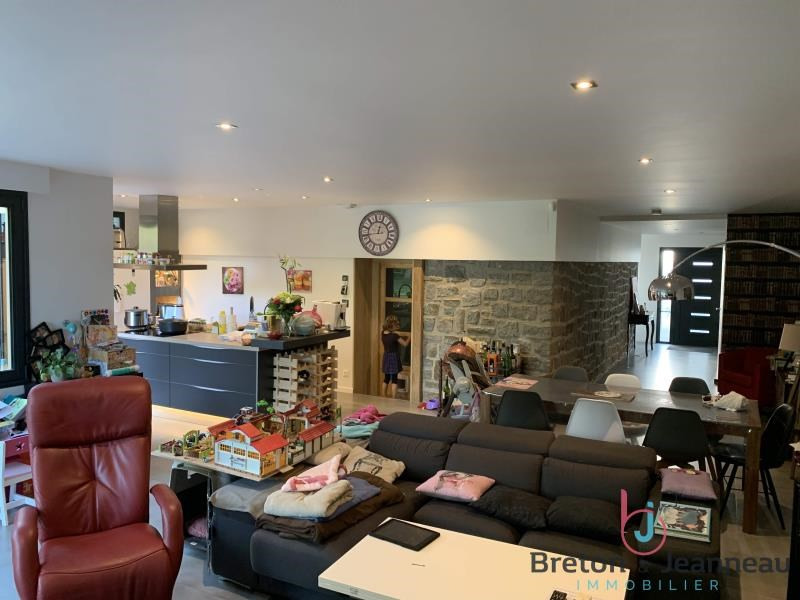 Sale house / villa St berthevin 372320€ - Picture 3