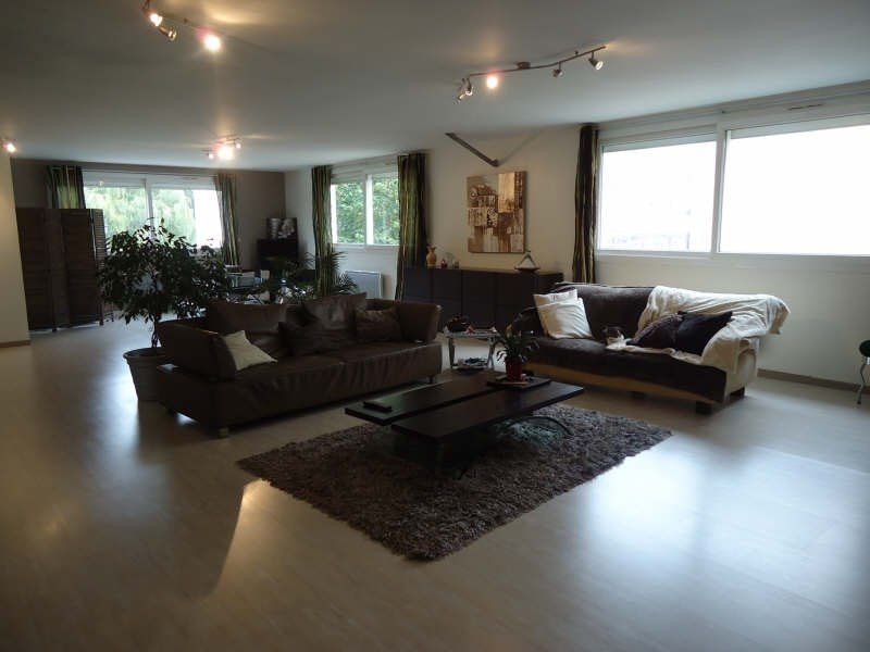 Sale apartment Brie comte robert 308000€ - Picture 1