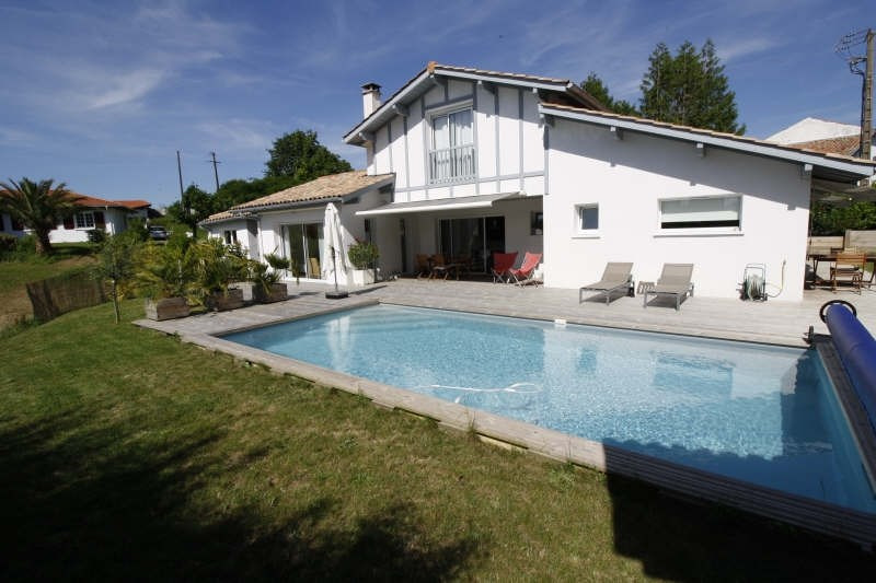 Deluxe sale house / villa Ahetze 755 000€ - Picture 1