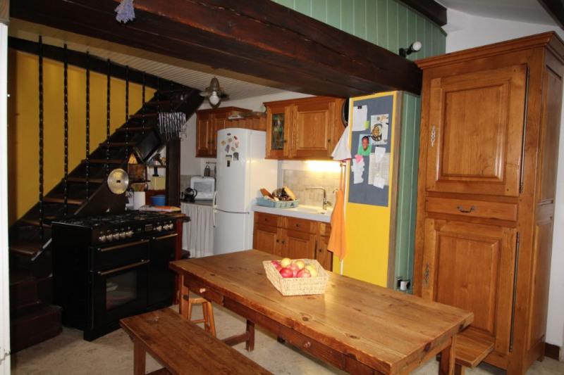 Sale house / villa Montceaux les meaux 302000€ - Picture 3