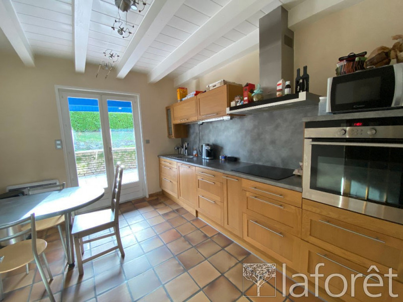 Sale house / villa Vaulx milieu 290000€ - Picture 4