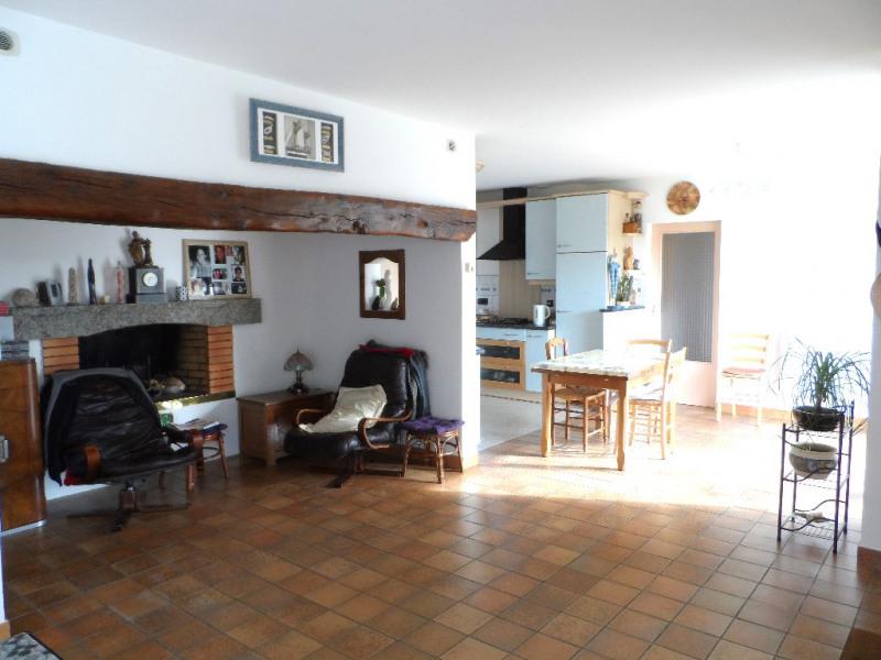 Sale house / villa La garnache 236200€ - Picture 2