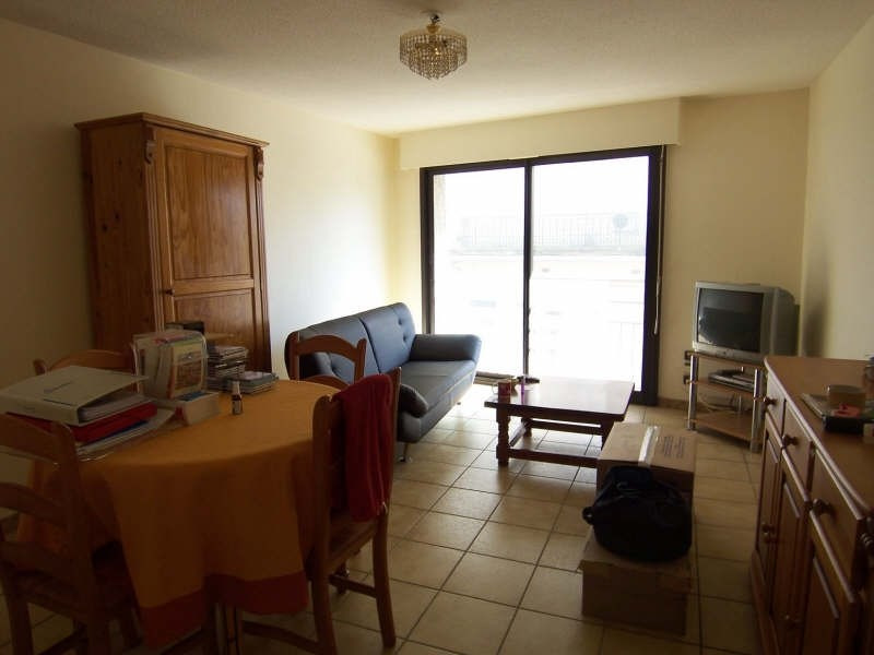 Sale apartment Beziers 79 000€ - Picture 1