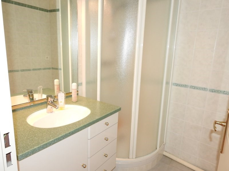 Deluxe sale apartment Bormes les mimosas 137 800€ - Picture 9