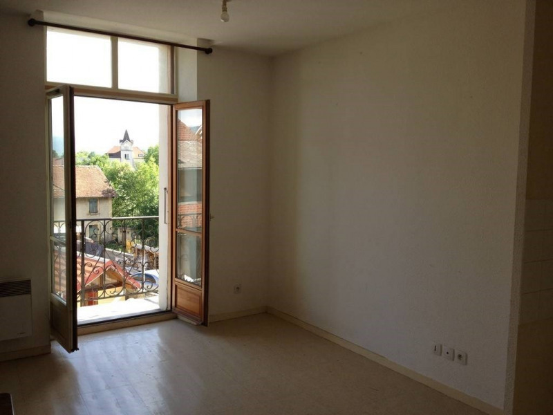 Location appartement Saint-laurent-du-pont 395€ CC - Photo 9