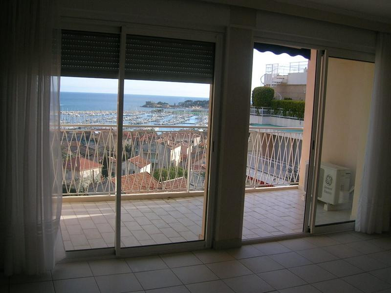 Location vacances appartement Bandol 500€ - Photo 3