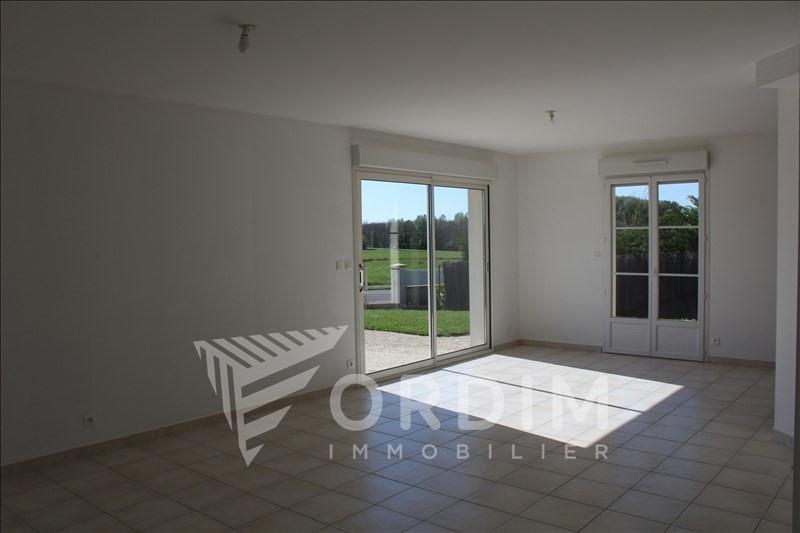 Location maison / villa Villefargeau 992€ CC - Photo 4