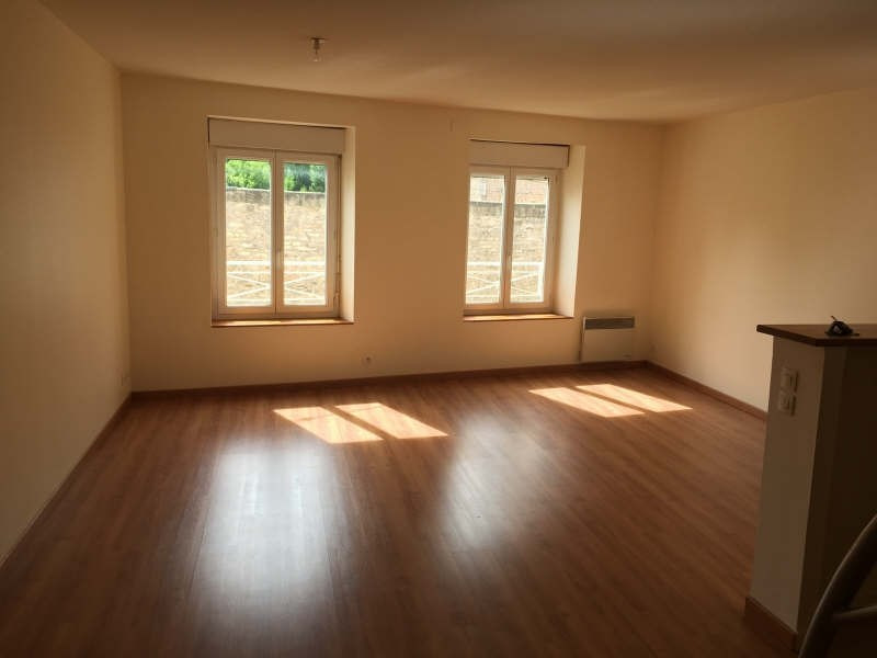 Rental apartment Poitiers 564€ CC - Picture 1