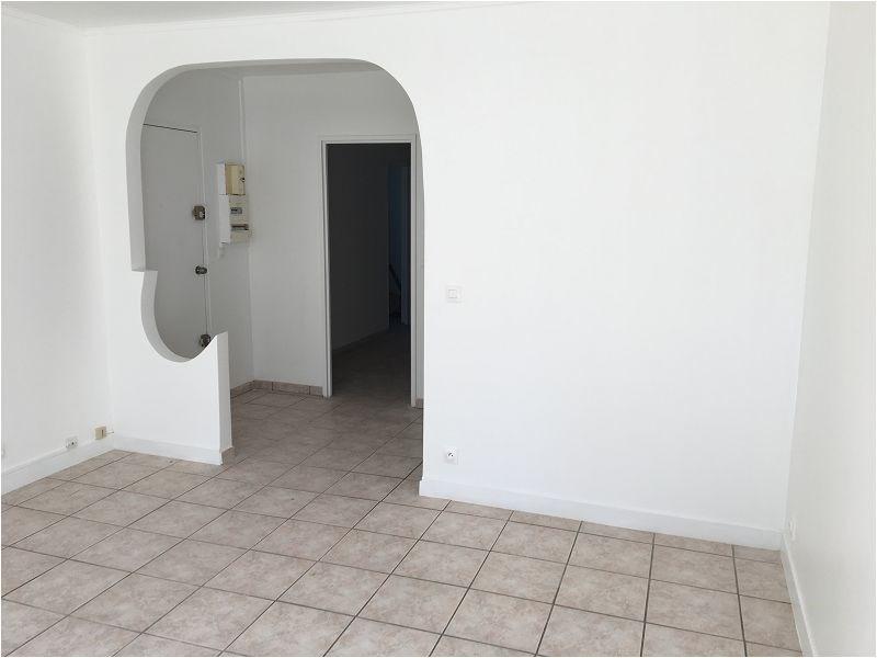 Rental apartment Yerres 1044€ CC - Picture 2